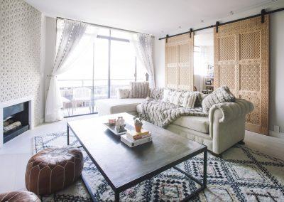 Wilshire Corridor Contemporary Livingroom